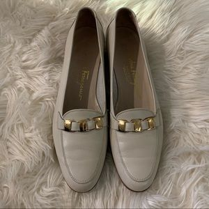 Salvatore Ferragamo Boutique Cream Loafers